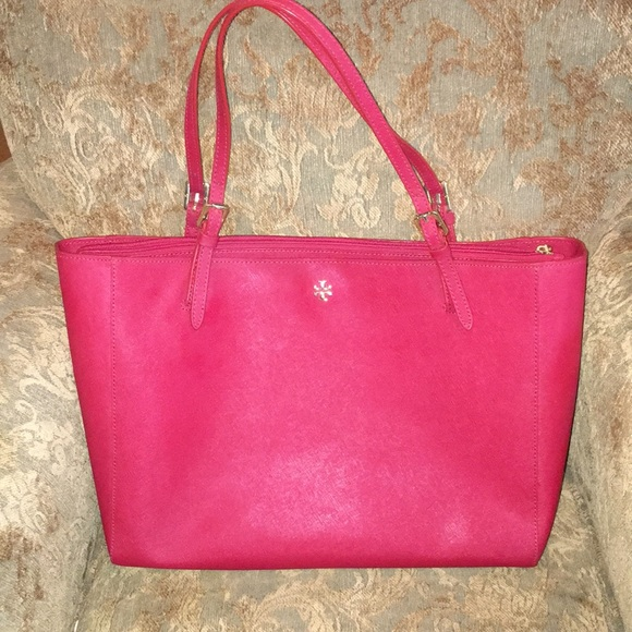 5eb47bb8eba6 56% off Tory Burch Bags York Small Buckle Saffiano Tote Red